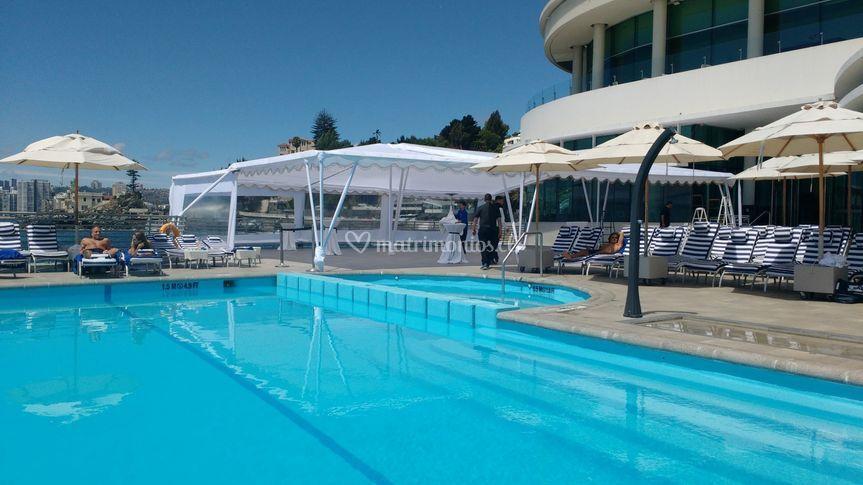 Carpa terraza piscina.