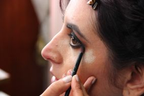MR Makeup & Nails