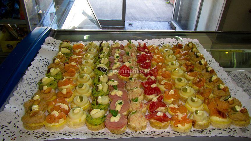 Pasteler a verona - Variedad de canapes frios ...