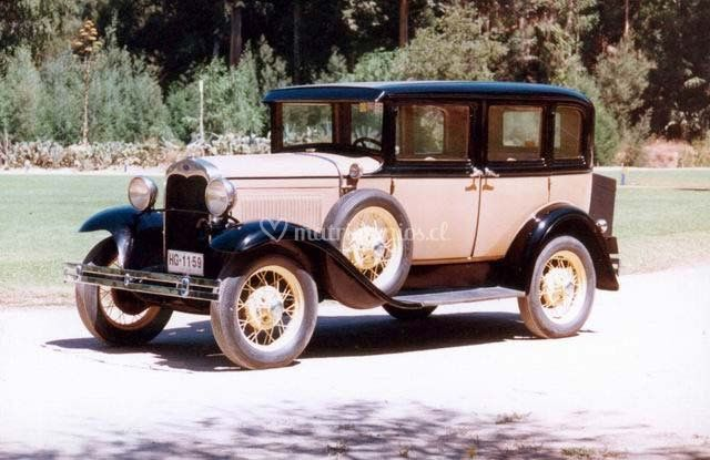 Ford A, 1930, 4 puertas