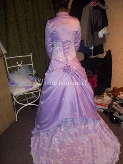 Vestido modelo antiguo