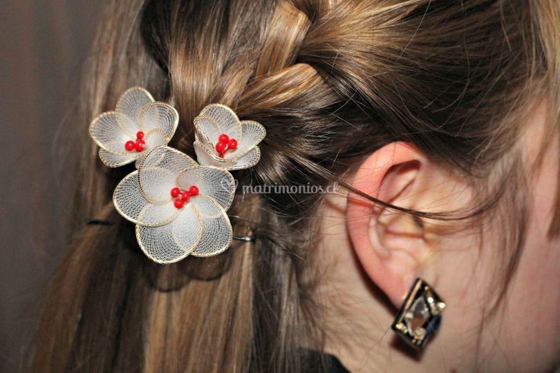 Hermoso trío de flores blancas