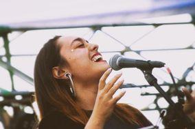 Valentina Castillo - Cantante