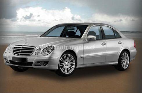 Mercedez Benz E240