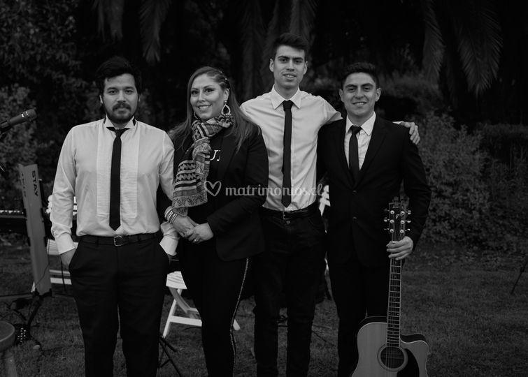 Equipo músicos