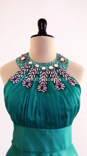 Vestido cuello griego