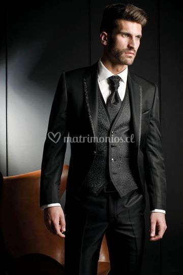 Traje negro formal