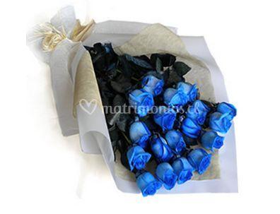 Rosas azules en papel de arroz
