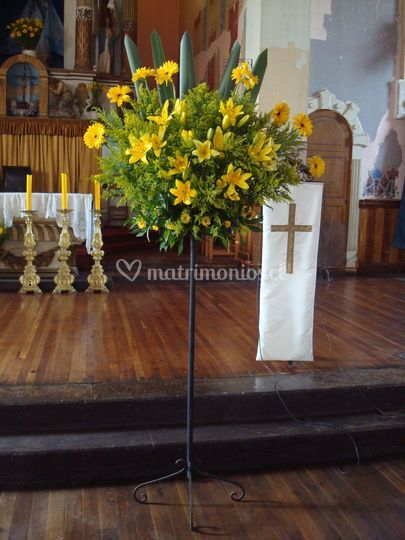 Pedestal tonos amarillos