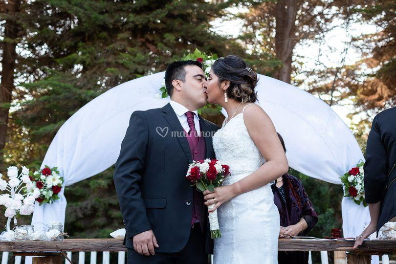Beso Matrimonio