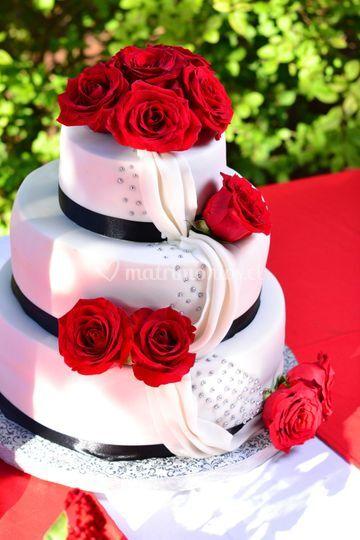Torta fondant rosas naturales