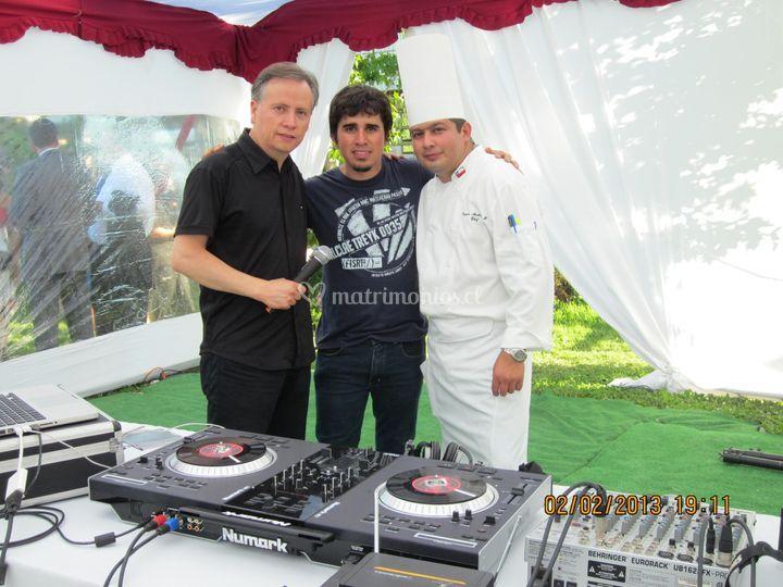 Animador, DJ y Chef