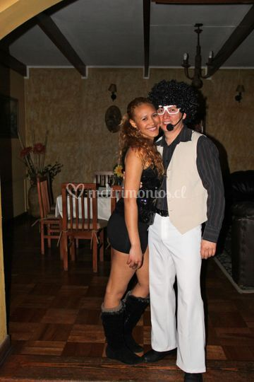 Tony Manero y su chica
