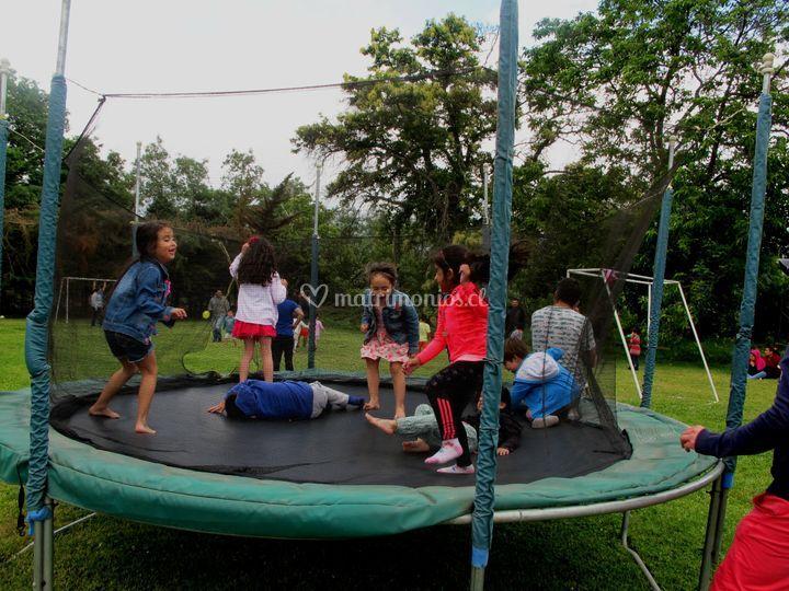 Los niños también se divierten