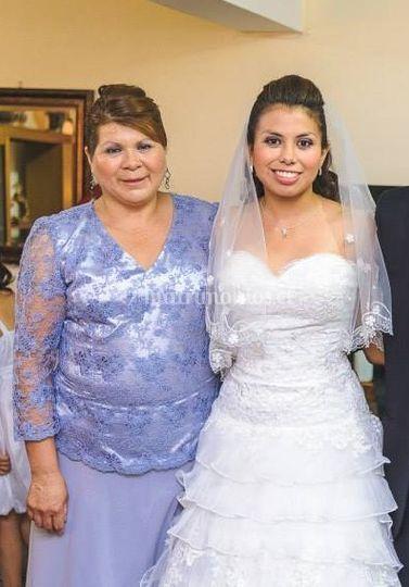 Maquillaje novia y madre
