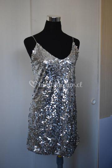 Mini vestido plateado