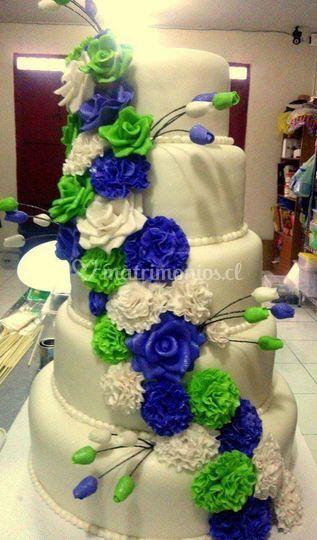 Flores en cascadas tono azul