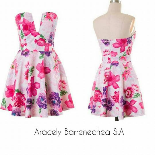 Vestido corto de flores código:007