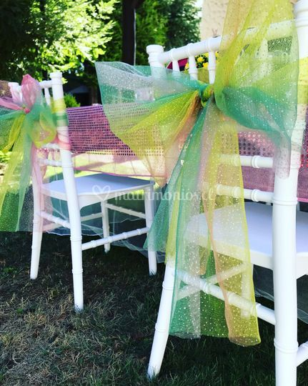 Sillas y mesas para niños