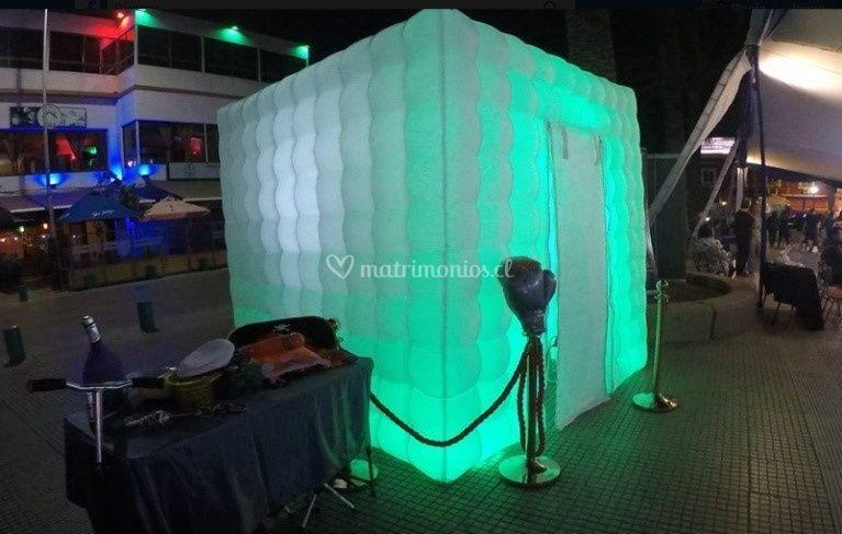 Cubo Entretenciones: Plaza Ova