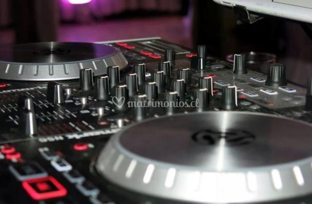 Set de DJ Numark Ns6