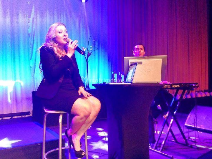 Actuación con pianista