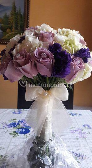 Rosas, Hortensias, Lisianthus