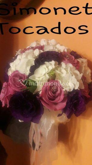 Rosas, Hortensias y Lisianthus