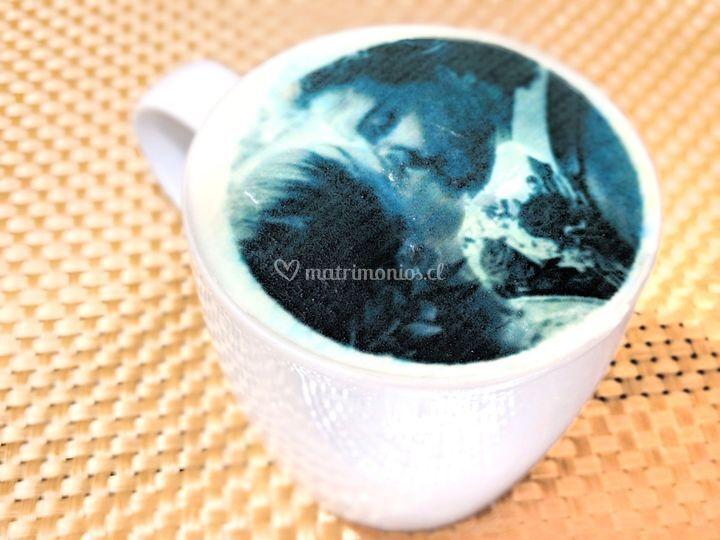 Café con foto impresa en crema