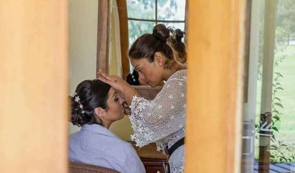 Carolina Herrera Make Up 1