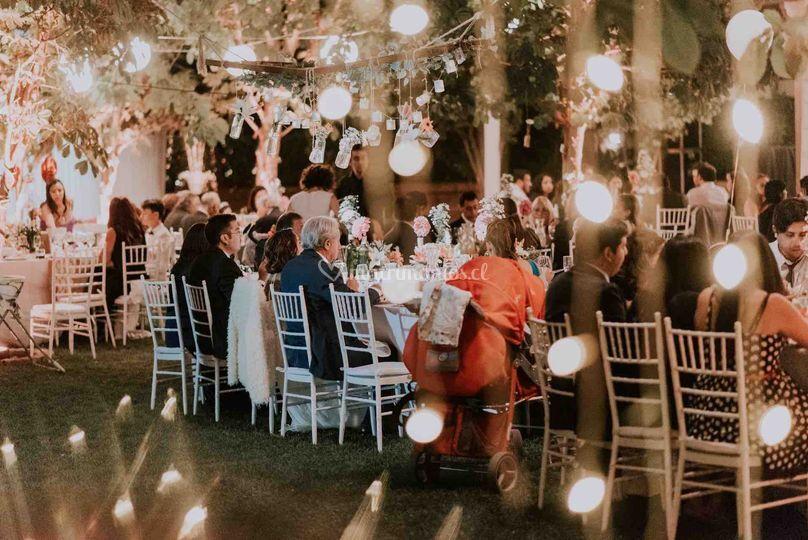 Mesas jardín iluminadas