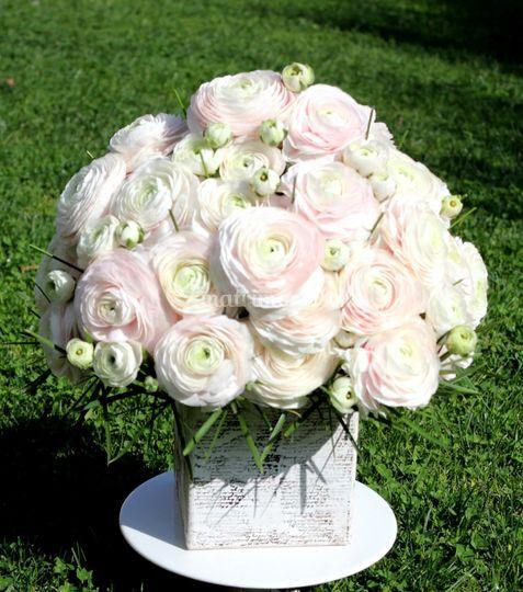 Arreglo floral ranúnculos