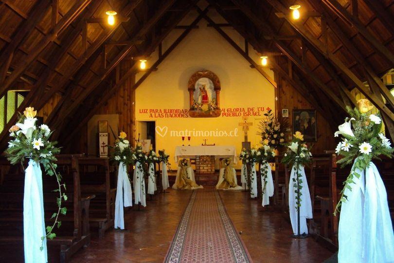 Entrada al altar