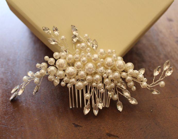 Peineta perlas caja