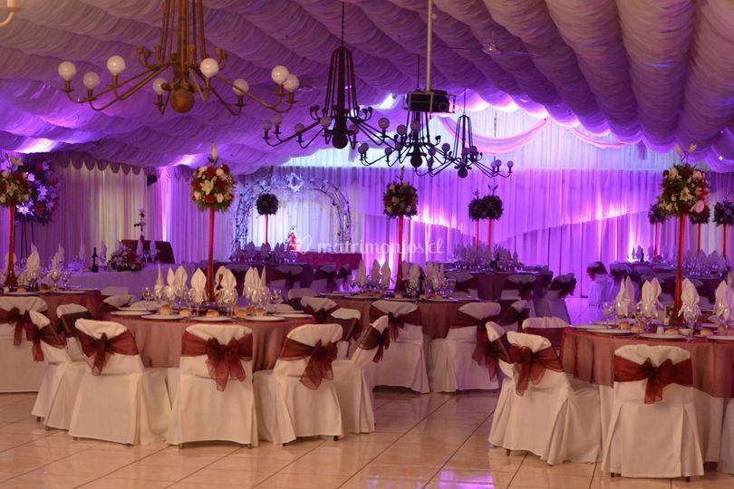 Salón de cena e iluminación