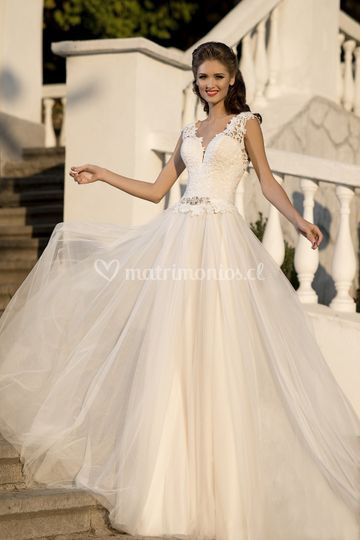 Vestido modelo Dalmira