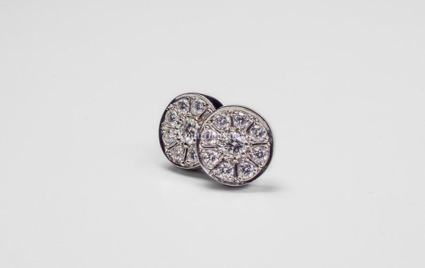 Aros oro blanco18K y diamantes