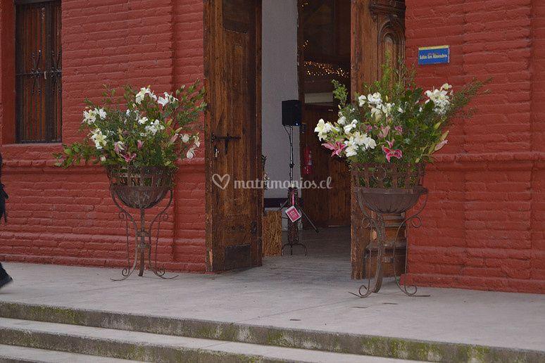Entrada Salon Los Almendros