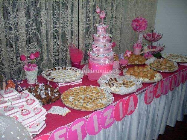 Buffet dulce y torta