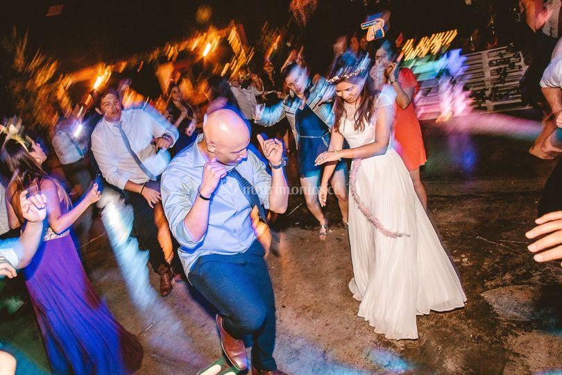 Novio y novia fiesta