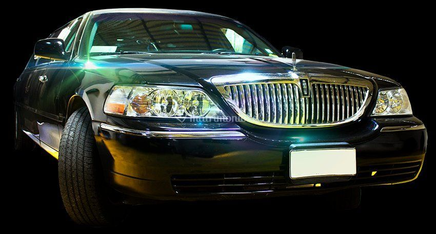 Lincoln tow car 9 pasajeros