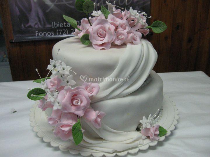 Torta drapeada