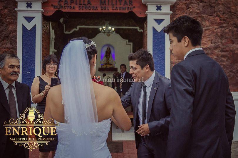 Asistiendo a la novia