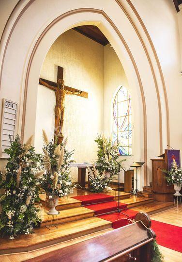 Deco altar