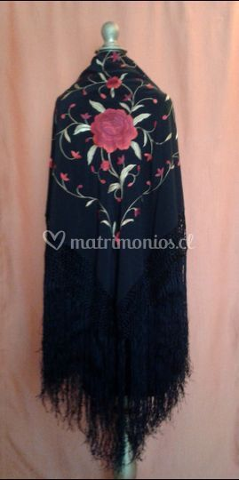 Mantón negro de manila