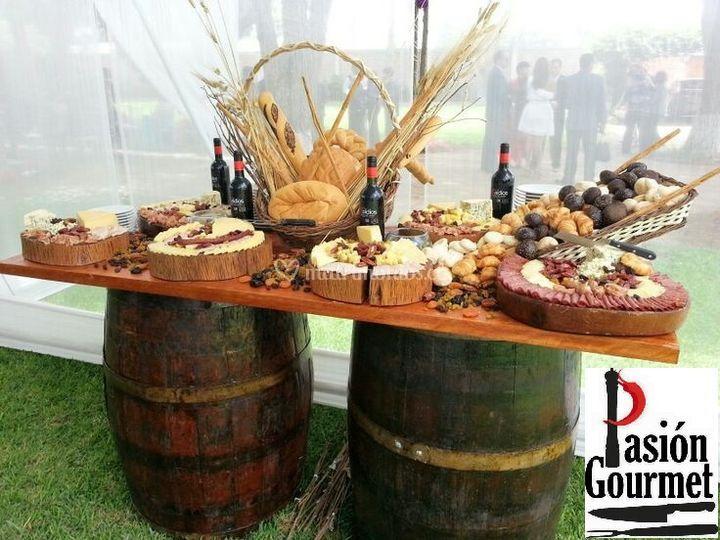 Buffet de vinos y quesos