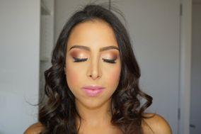 Delia Velásquez Makeup Artist