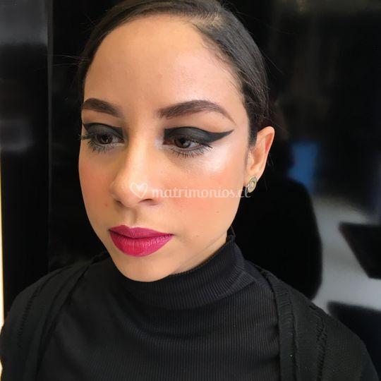 Tef Villaroel Make Up Artist