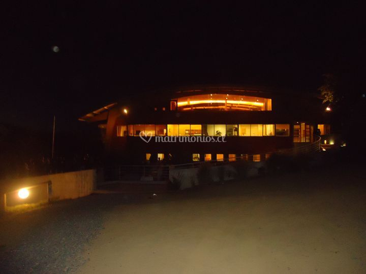 Vista bodega de noche