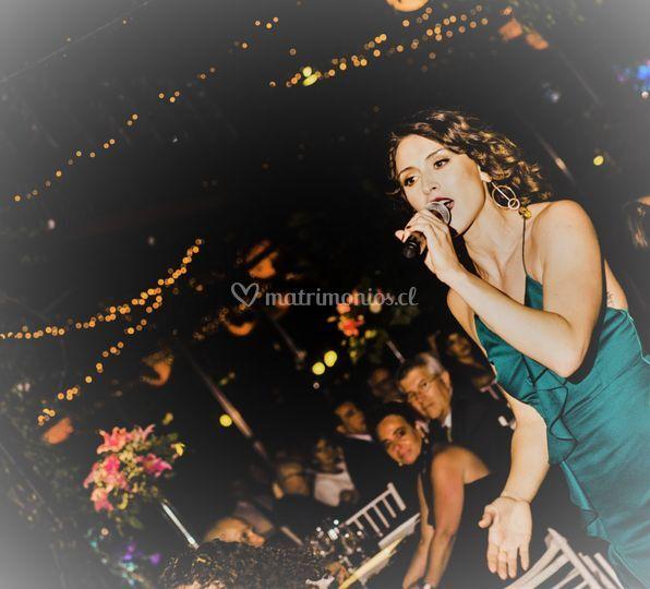 Valentina Bastías - Cantante